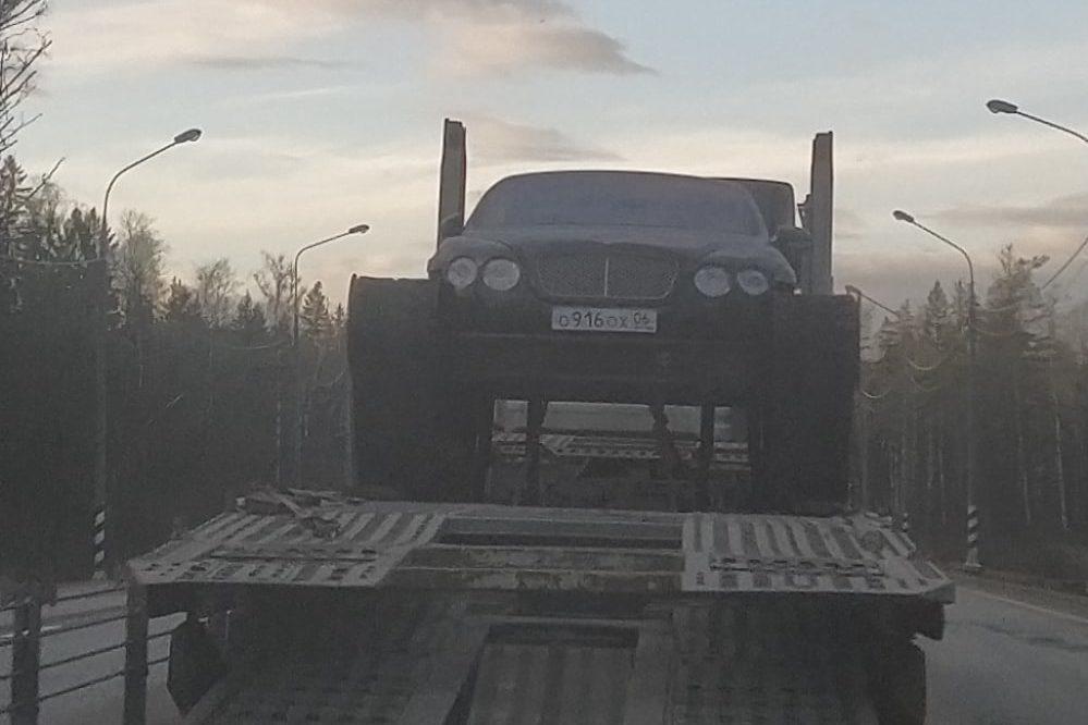 В Тверской области заметили странное «Бентли»