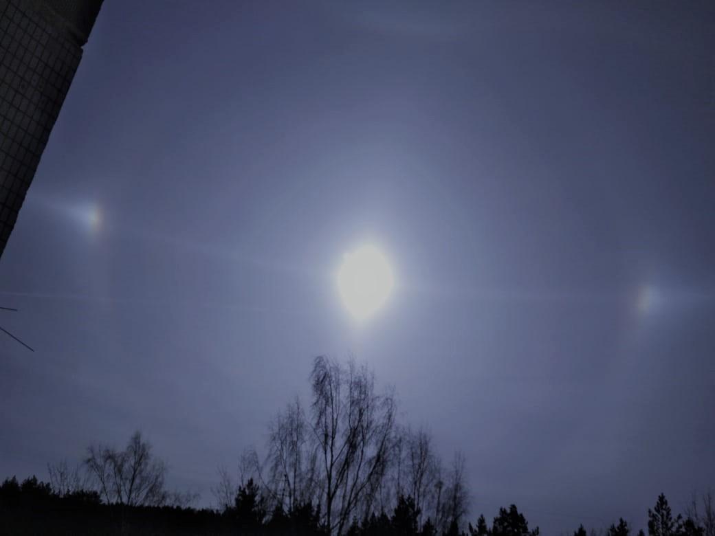 В небе над Тверью появилось необычное атмосферное явление