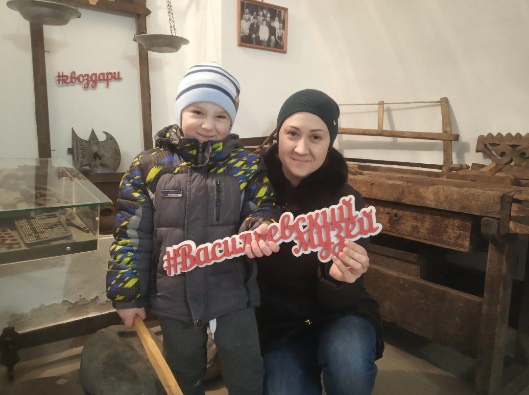 В тверском краеведческом музее помогают найти родных по фотографии