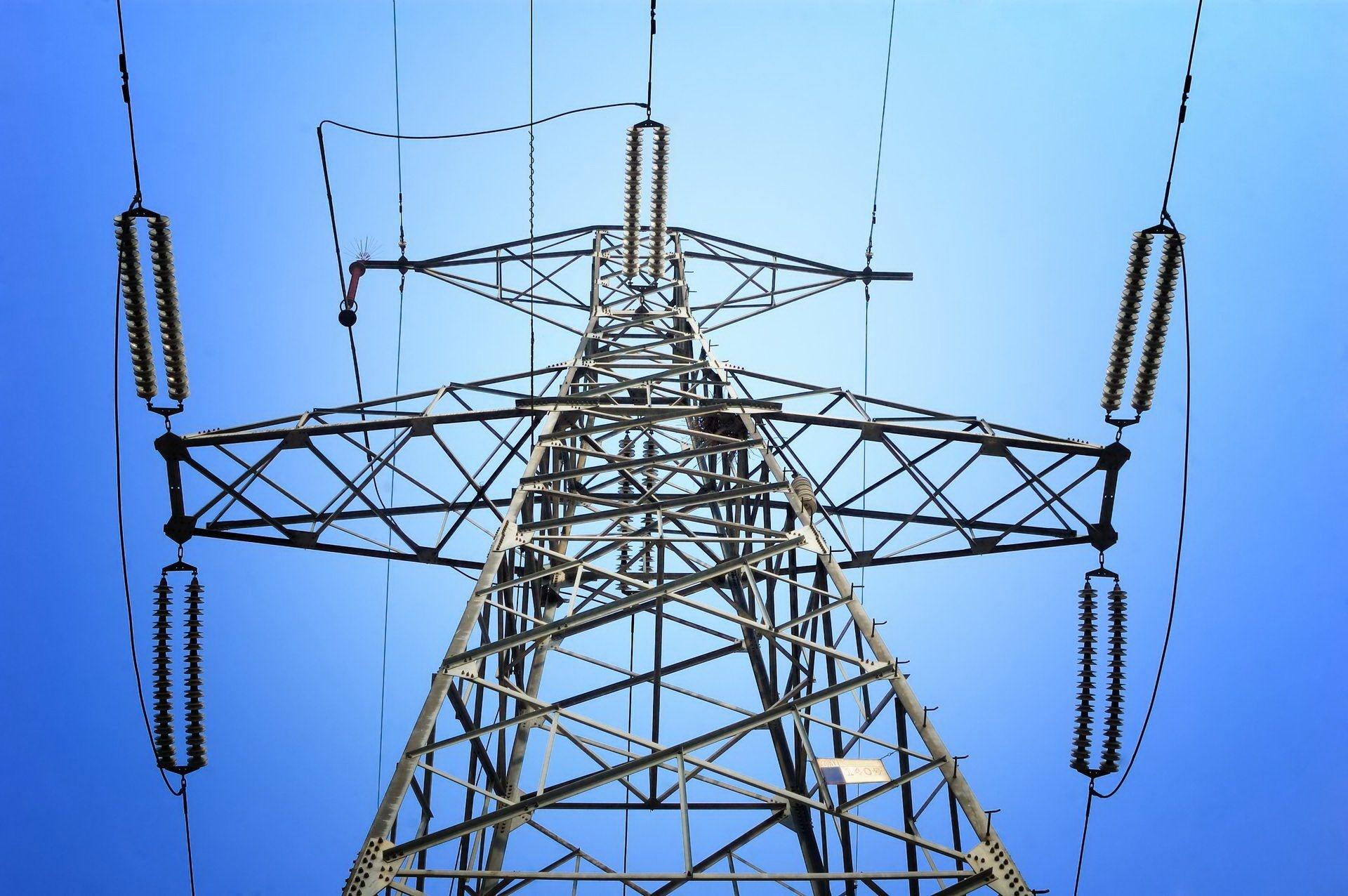 После урагана в Тверской области восстановили электроснабжение