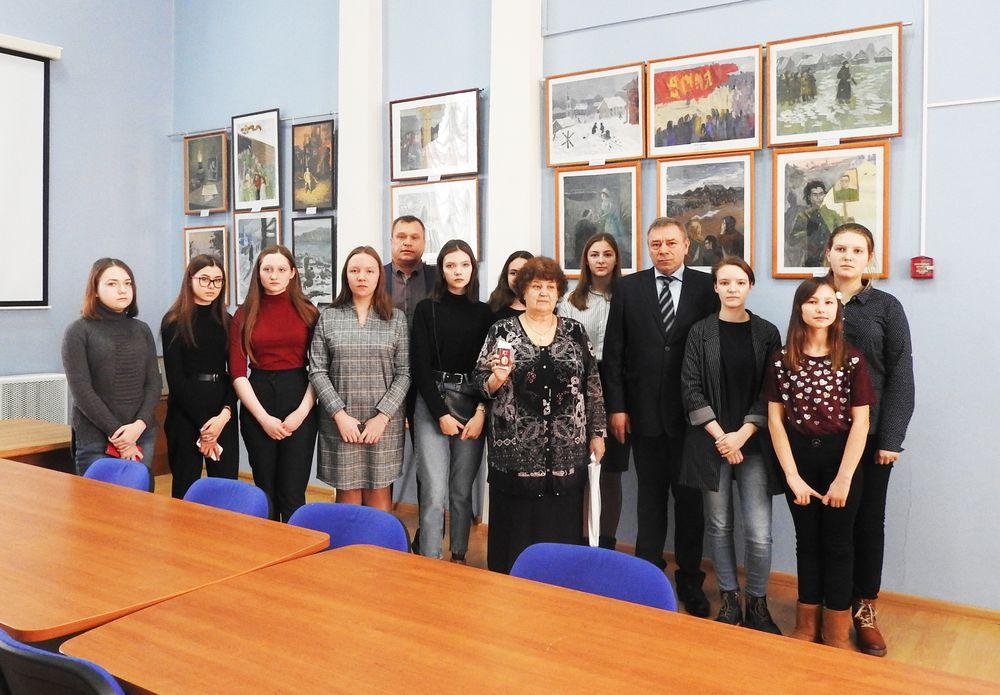 В Калязине открылась выставка, посвященная 75-летию Великой Победы