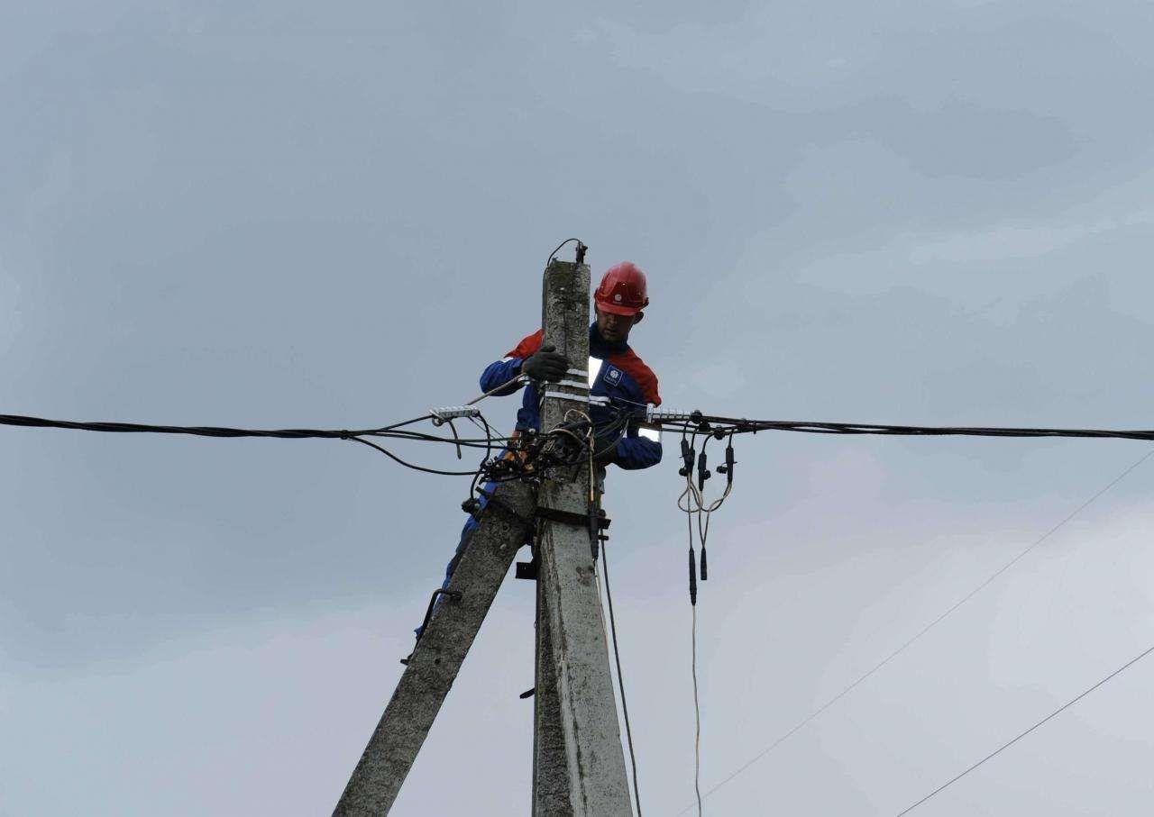 Тверские энергетики усиливают группировку сил и средств в наиболее пострадавших от стихии районах