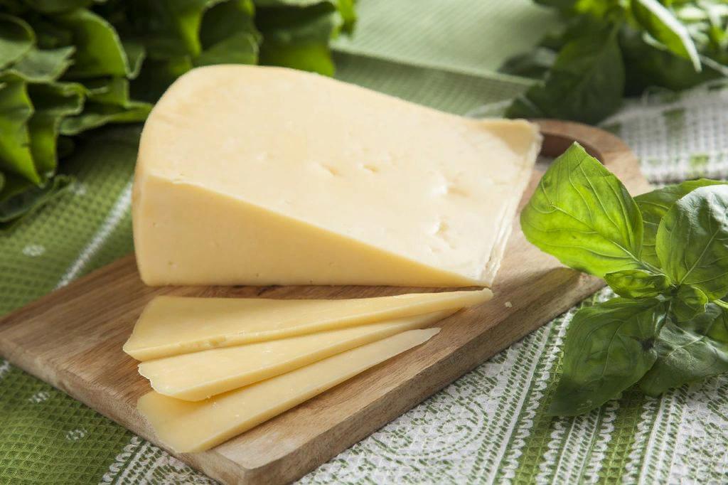 О выявлении некачественной и фальсифицированной молочной продукции в социальных учреждениях Нелидовского района и Вышнего Волочка