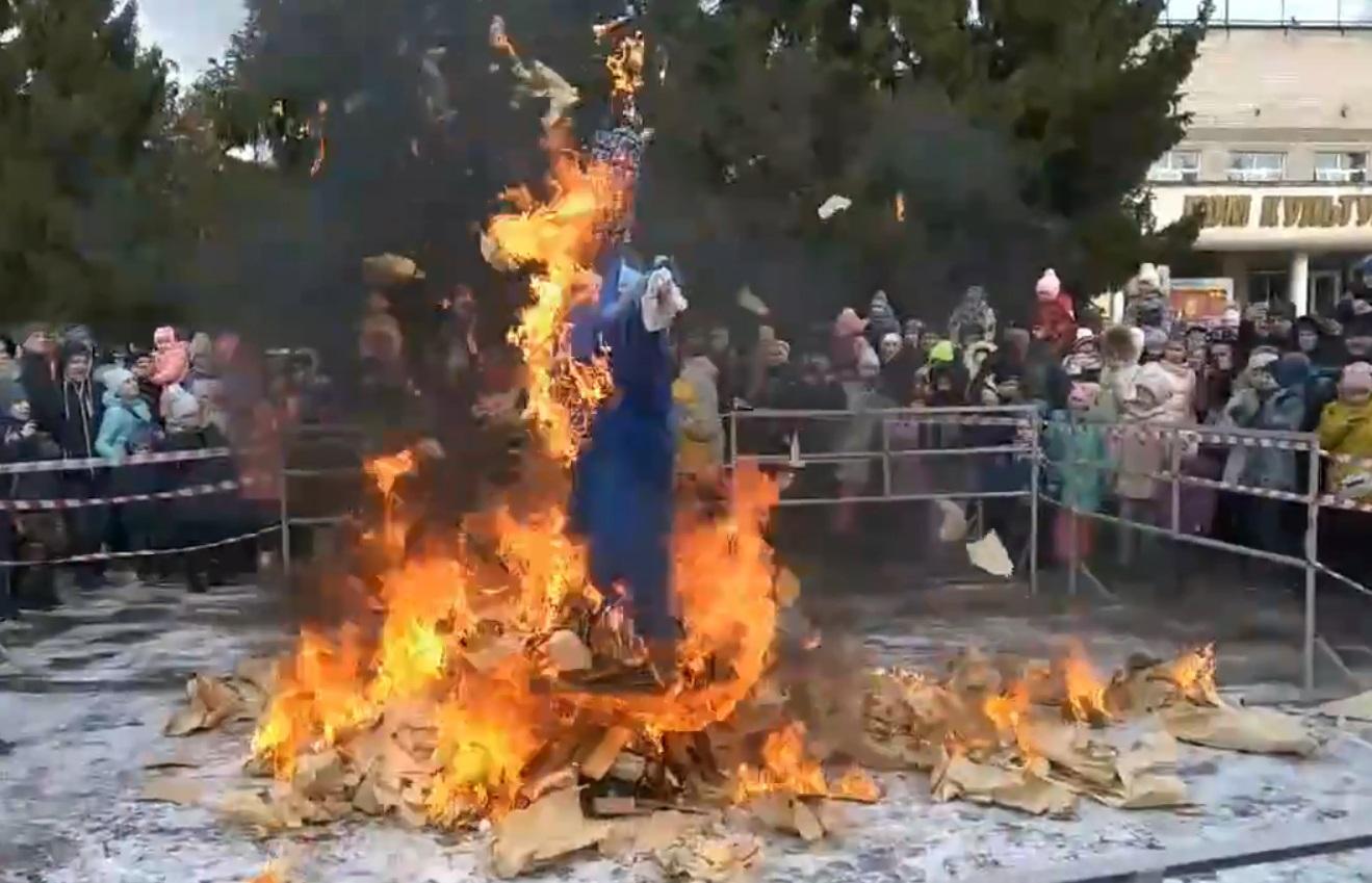 Масленичное чучело в Тверской области подорвали во время праздника