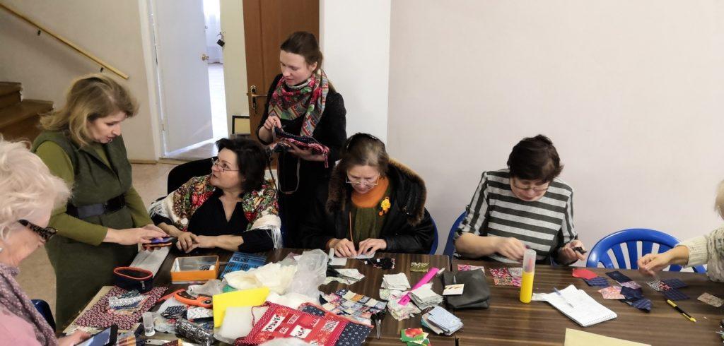 В Тверской области из художественной галереи все ушли с новыми сумками