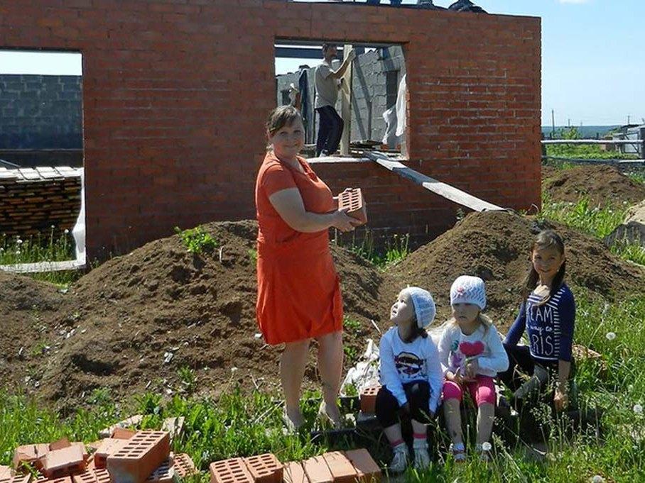 Жители Тверской области могут потратить материнский капитал на дачу