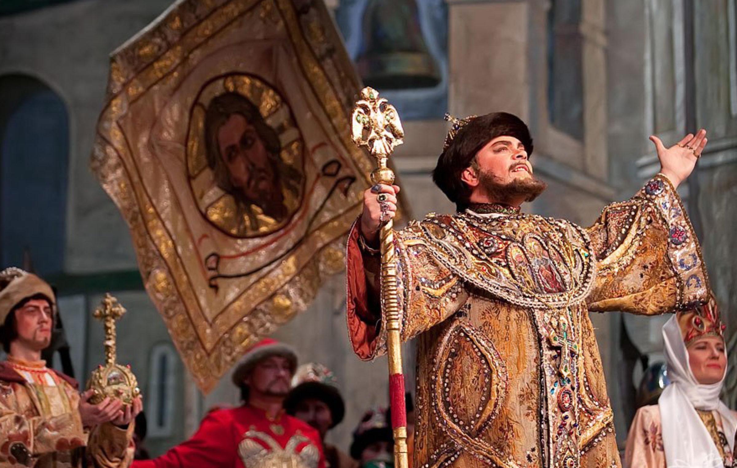 Культурный вторник: что российские театры покажут онлайн  7 апреля
