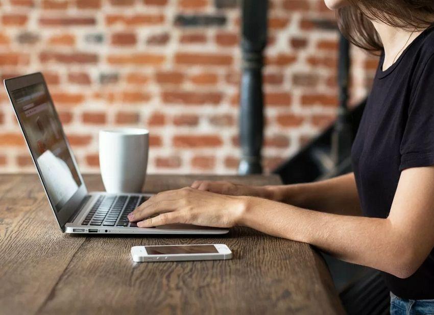 Жители Твери смогут пройти обучение в онлайн-школе для волонтеров