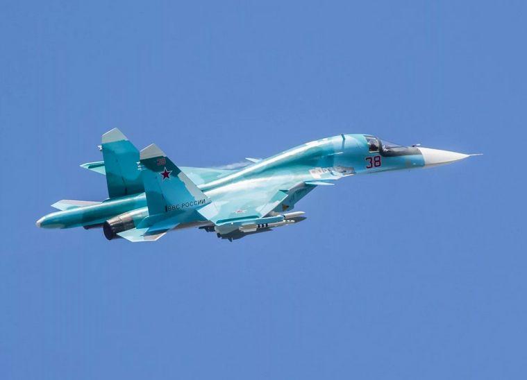 Военные летчики из Тверской области примут участие в параде Победы в Петербурге