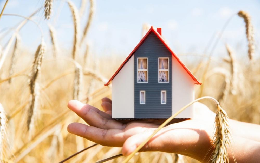 На получение сельской ипотеки жители Тверской области подали 240 заявок