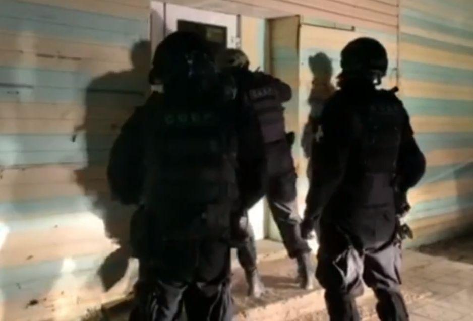 Опубликовано видео штурма подпольного казино в Ржеве
