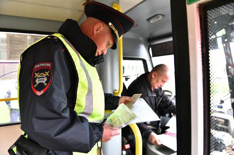 В Тверской области ГИБДД вновь нашли нарушения в работе автобусов