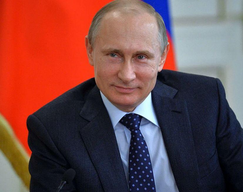 Владимир Путин объявил благодарность дорожникам Тверской области