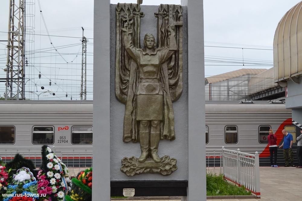 Бологовские железнодорожники в годы Великой Отечественной войны работали под непрекращающимися бомбежками