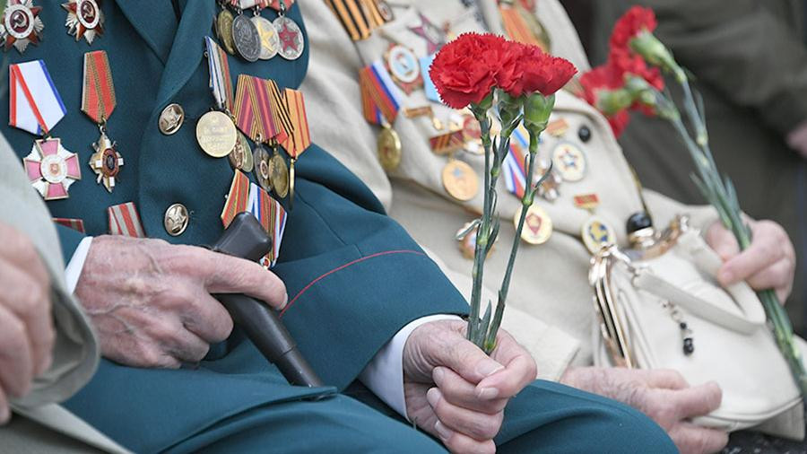Игорь Руденя рассказал про выплаты к Дню Победы