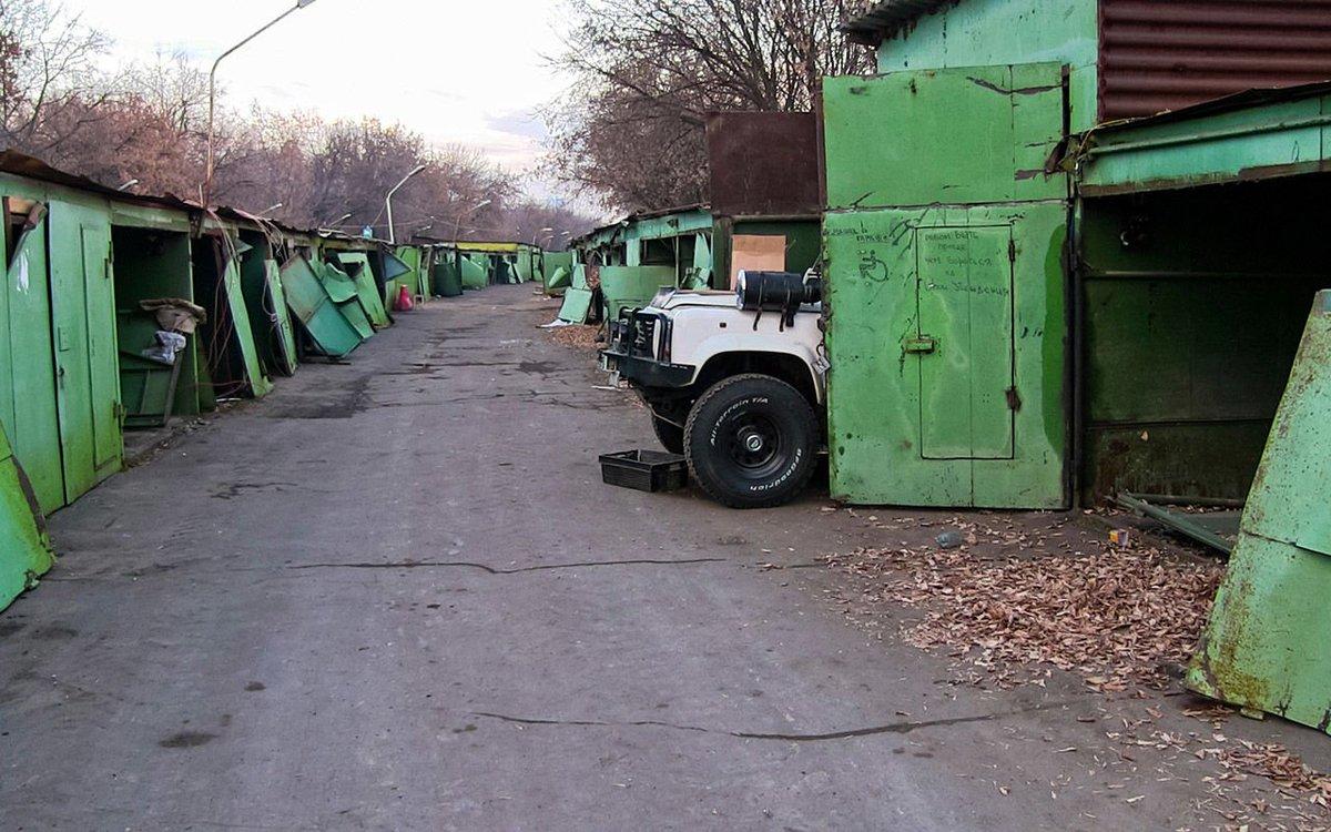 В Твери продолжается снос незаконно установленных конструкций