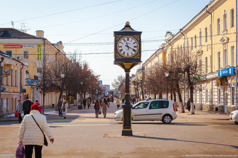 На улицах Твери зафиксировано много народу