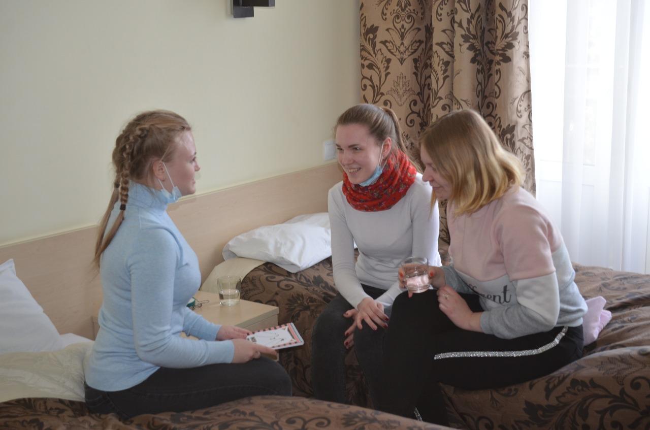 Волонтёров инфекционного госпиталя поселили в санатории «Бобачевская роща» в Твери