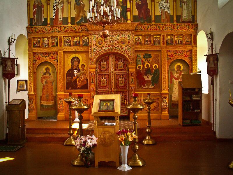 Православных призвали готовится к Пасхе без посещения храма