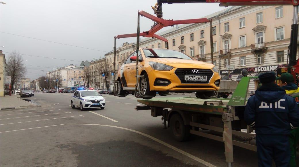 В Твери пресечена работа нелегальных таксистов