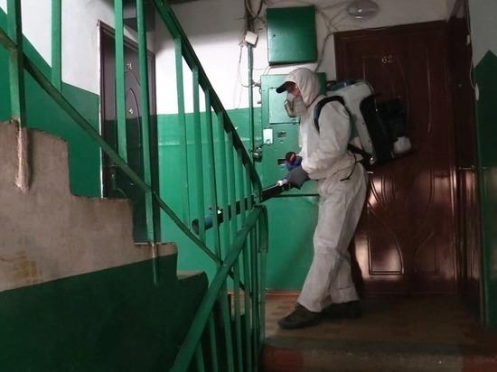 В Тверской области провели дезинфекцию подъездов многоквартирных домов