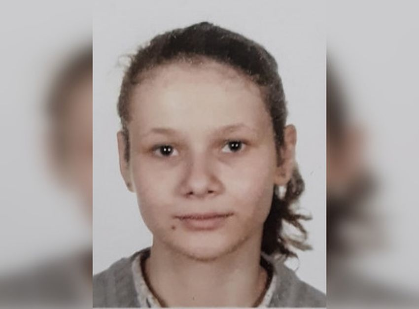 В Тверской области пятый день ищут 16-летнюю девушку