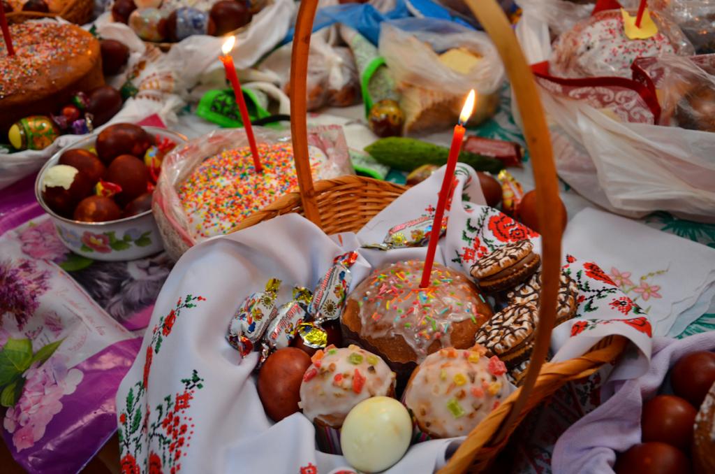 Праздничный обед онлайн в честь Пасхи состоится в Твери