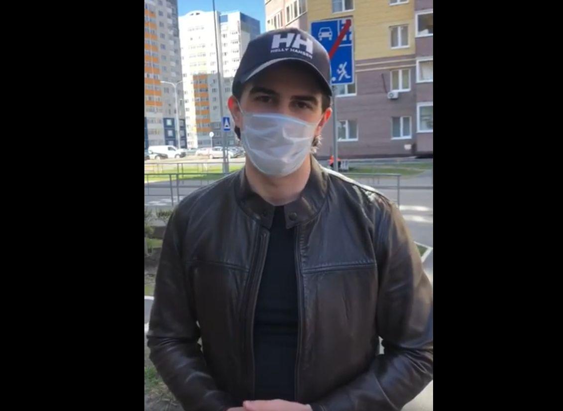 Директор «Athletic GYM» в Твери Александр Рябов присоединился к акции #носитьмаскумодно