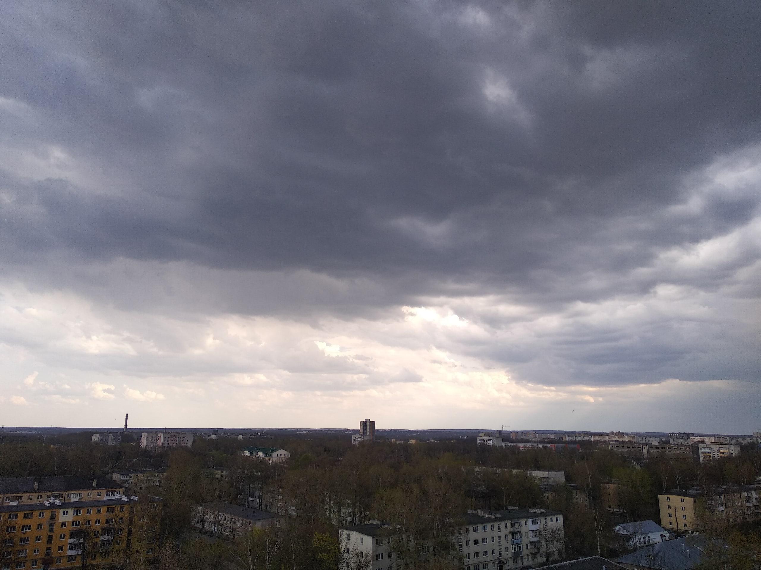 В небе над Тверской областью прогремит гроза
