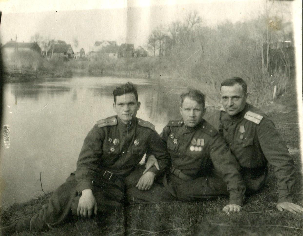 Быль про войну: правнучка опубликовала воспоминания фронтовика о боях, самолётах и капитуляции врага