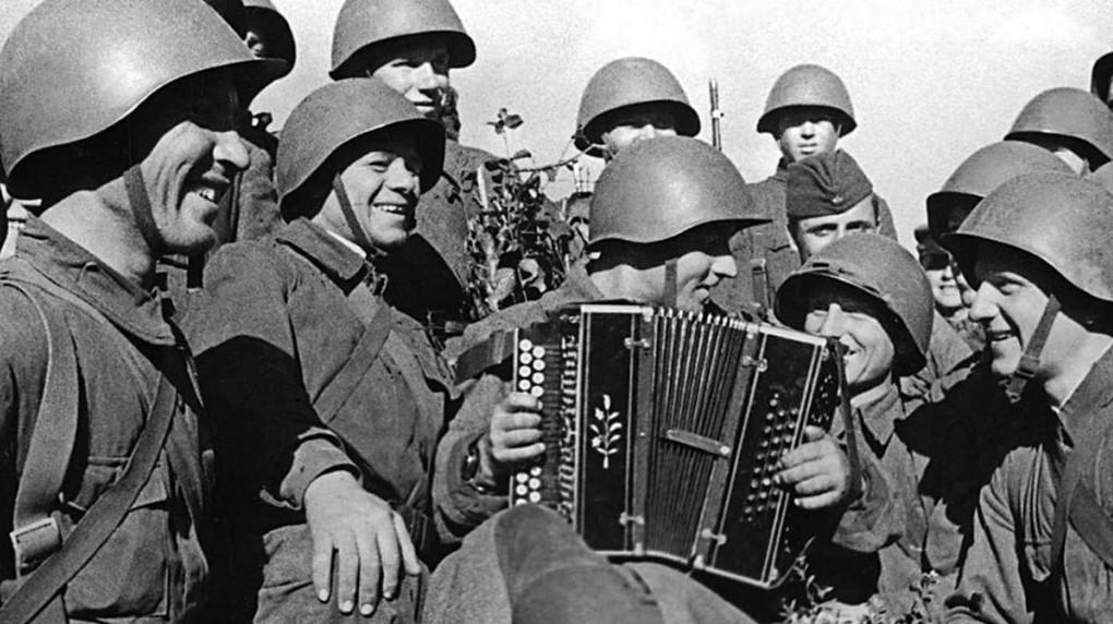 Песни Победы: что пели на фронтах Великой Отечественной войны