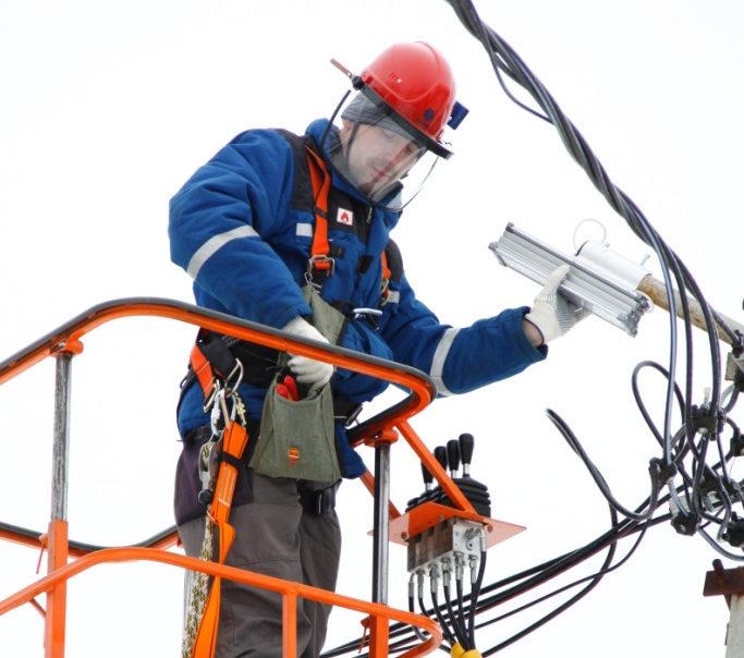 «Россети Центр» и «Россети Центр и Приволжье» с начала года заменили и установили более 3,5 тысяч систем уличного освещения