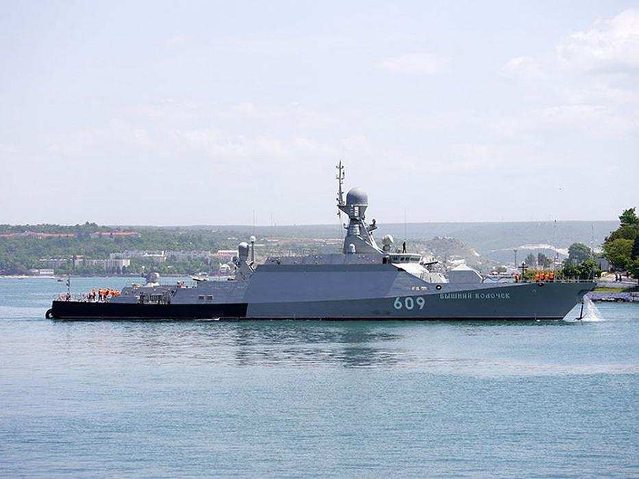 Малый ракетный корабль «Вышний Волочек» пройдет в парадном строю Черноморского флота