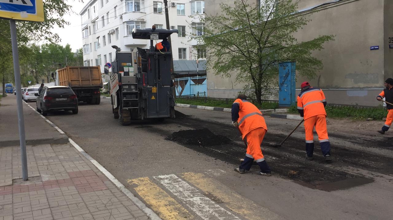 За неделю в Твери отремонтировали 11 тысяч квадратных метров дорог