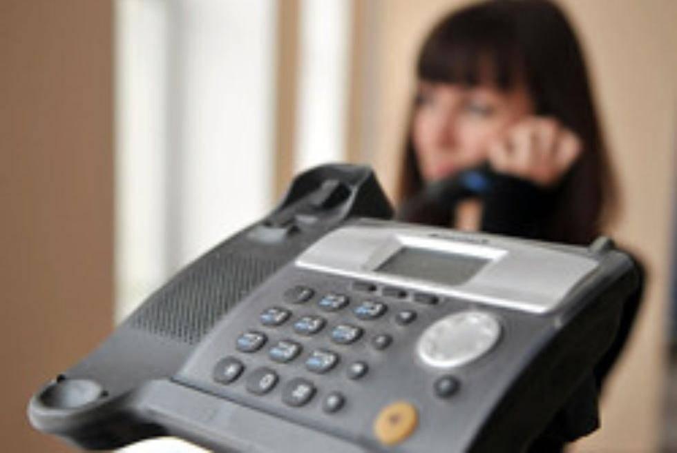 На детский телефон доверия в Тверской области ежегодно поступает по 6,5 тысячи звонков