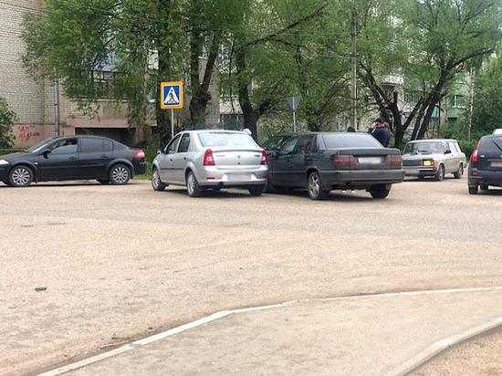 В Тверской области столкнулись три машины
