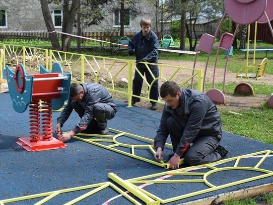 Современную детскую площадку построили в Тверской области