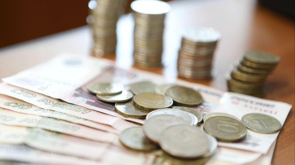 Все социальные работники Тверской области должны получить доплату