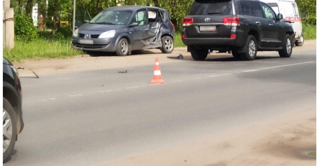 В ДТП в Тверской области пострадала девушка