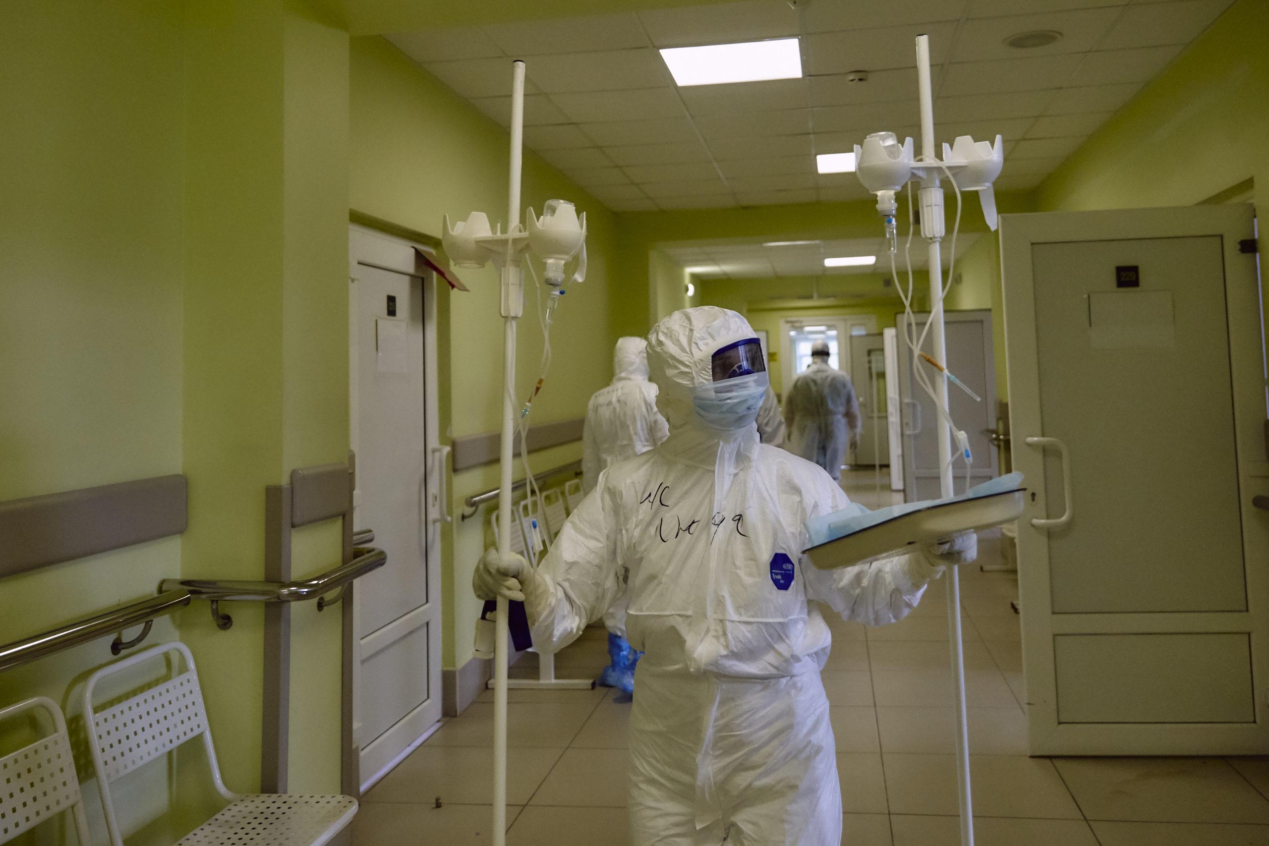 Появились фото из нового корпуса госпиталя для пациентов с коронавирусом на базе тверской ОКБ