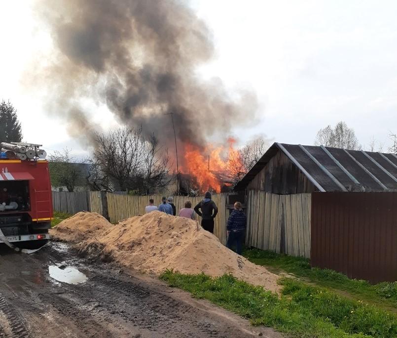В Тверской области начали сбор вещей для погорельцев