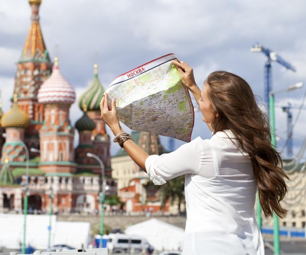 С 1 июня жители России смогут открыть туристический сезон