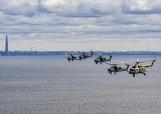 Тверские летчики приняли участие в первой совместной репетиции парада Победы под Санкт-Петербургом