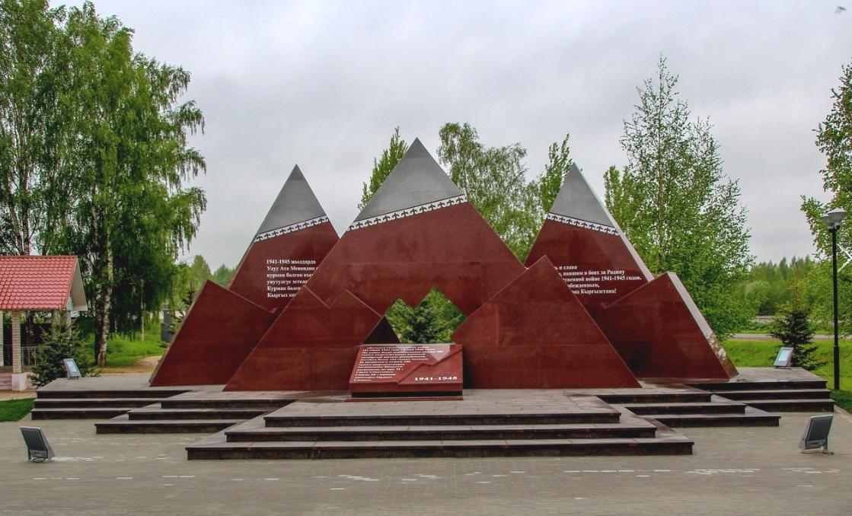 В Ржеве памятник воинам-киргизам готов к открытию
