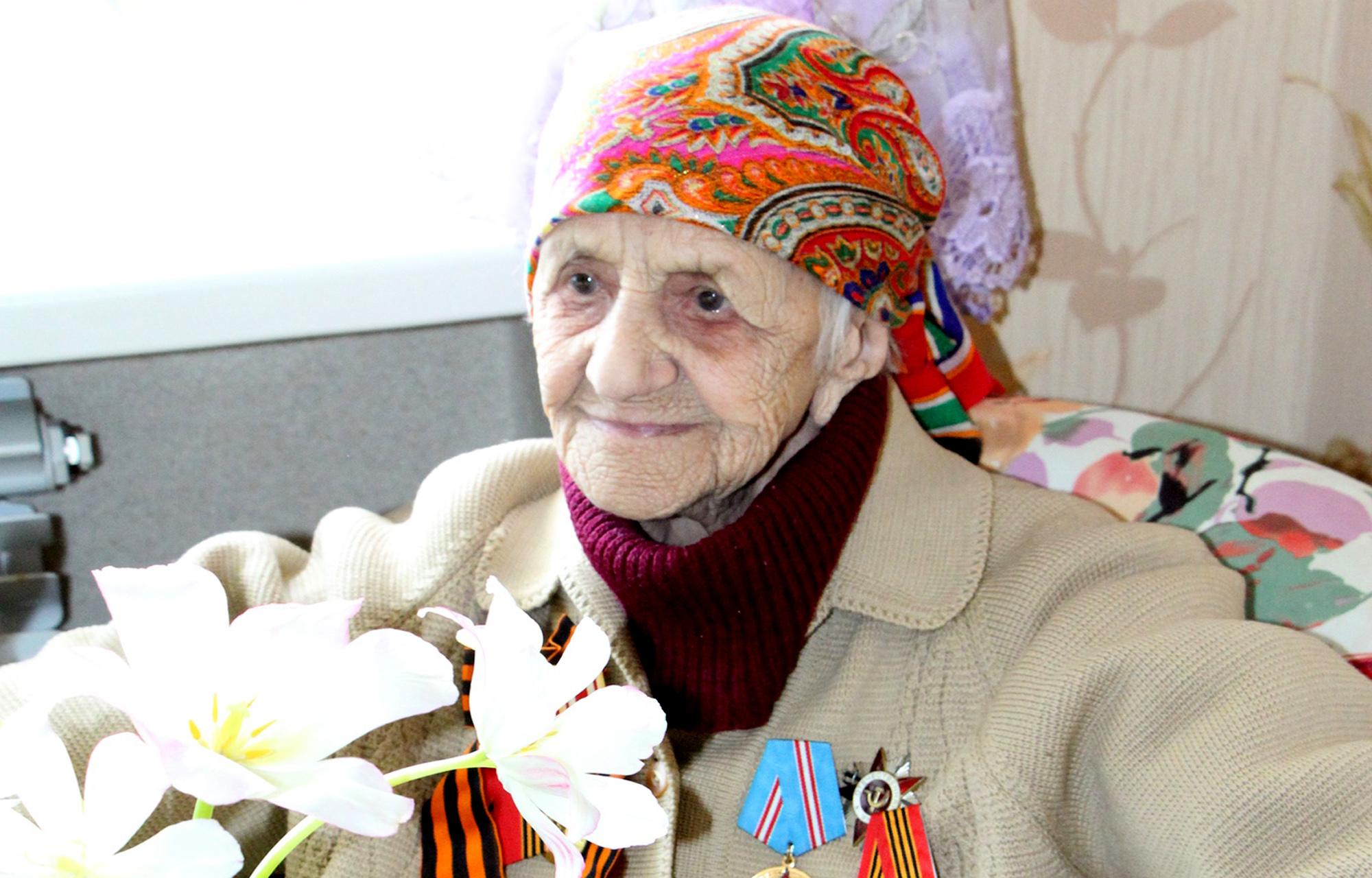 Ветерана Великой Отечественной войны Марию Николаевну Макарову губернатор Тверской области поздравил со 100-летним юбилеем
