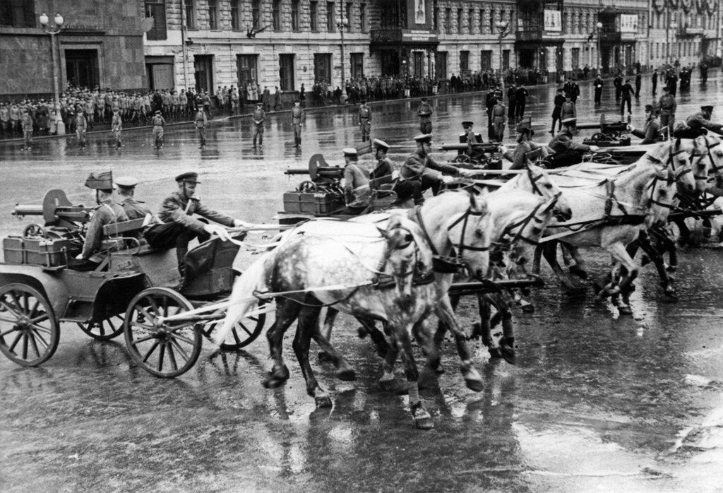 Первый легендарный парад: тверские участники июньского парада Победы 1945 года
