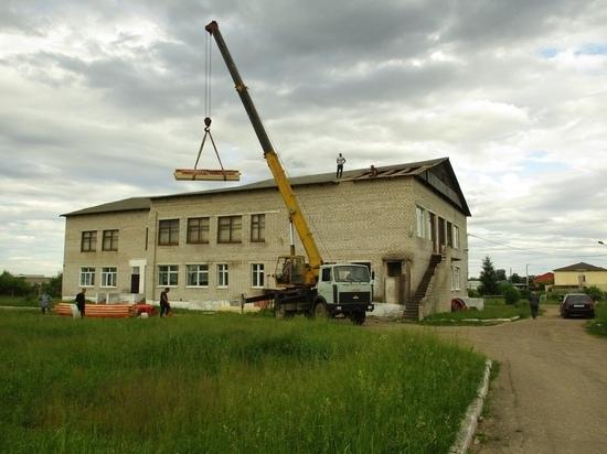 В музее в Тверской области начался ремонт крыши