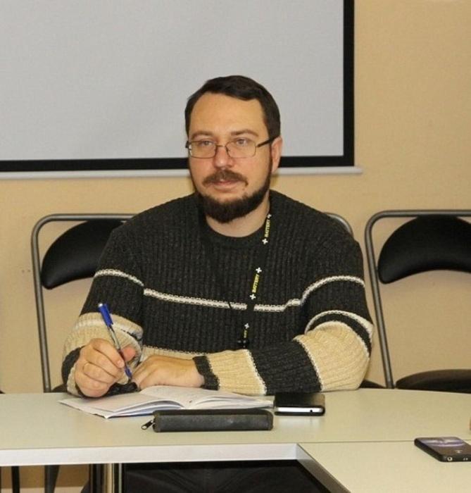 Юрий Зайцев: Общество имеет право заглядывать чиновнику не только в паспорт, но и в кошелек