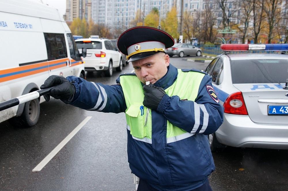 Массовые проверки водителей пройдут в Тверской области в июне