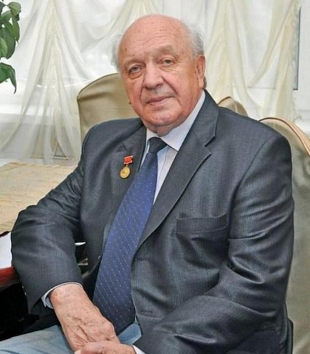 Почетный гражданин города Твери Сергей Киселев рассказывает о важности Общероссийского голосования
